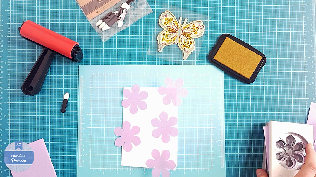 Glue the Post-It-Notes onto the white cardstock base.